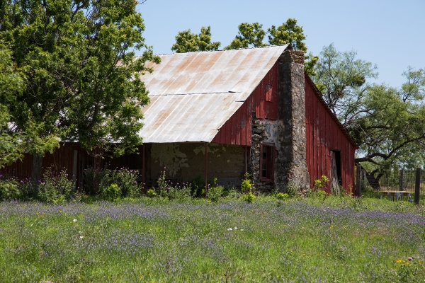 Hill country haus