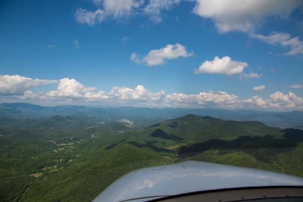 Macon County runway 7 final approach