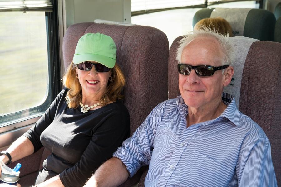 El Embajador Tim, y Esposa Geraldine