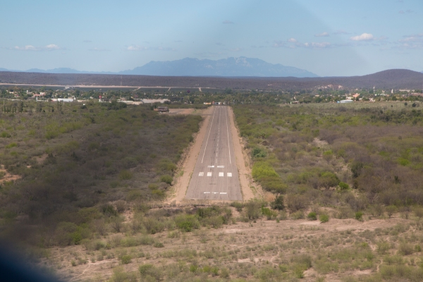 El Fuerte runway 32
