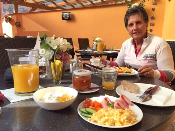 Bikers' breakfast.   Pension Prinz, Valtice CZ