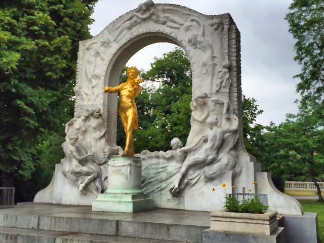 Vienna Johan Strauss monument
