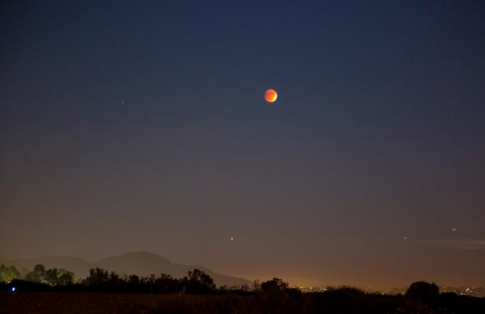 Cowles Mountain moon